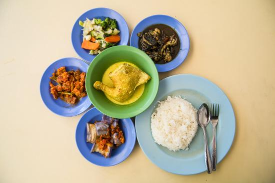 Try out exciting dishes!